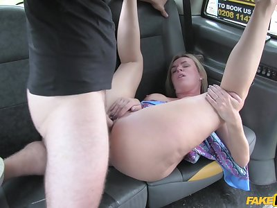 Sizzling taxi cab fuck for dazzling starlet Summer Rose