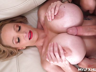 Busty cougar lands illimitable inches more her shaved rubicund